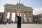 Thumbnail image of Kim Jong Un impersonator at the Brandenburg Gate, Berlin