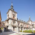 Thumbnail image of Casa de la Villa (former Town Hall) in Plaza de la Villa with arch to Casa de Cisneros, Madrid, Spai